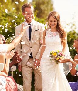 husband and wife at Moke wedding